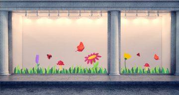 Ανοιξιάτικη βιτρίνα - Ανοιξιάτικη / Καλοκαιρινή σύνθεση με γρασίδι, λουλούδια και πεταλούδες
