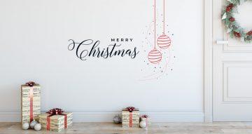 Αυτοκόλλητα Τοίχου - Merry Christmas με κρεμαστές χριστουγεννιάτικες μπάλες
