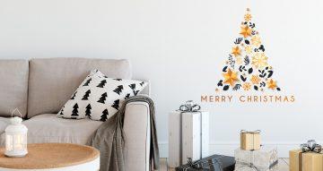 Αυτοκόλλητα Τοίχου - Χριστουγεννιάτικο δέντρο από αστέρια, νιφάδες και φύλλα και Merry Christmas