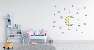 Αυτοκόλλητα Τοίχου - Φεγγάρι με πολύχρωμα αστεράκια