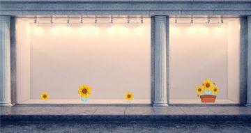 Ανοιξιάτικη βιτρίνα - Λουλούδια με μελισσούλες σε γλάστρα