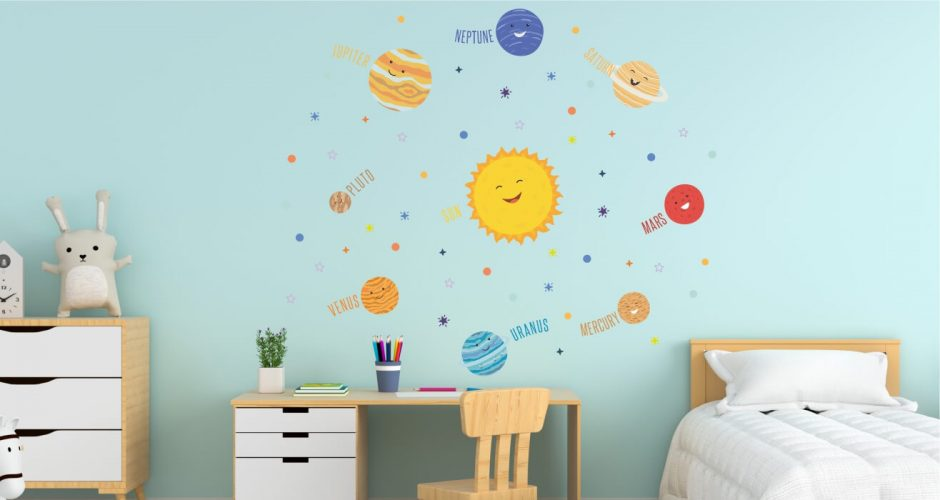 Αυτοκόλλητα Τοίχου - Χαμογελαστό Ηλιακό Σύστημα! Παιδικό αυτοκόλλητο τοίχου (στα Αγγλικά)
